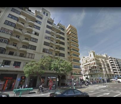 Шикарная квартира с ремонтом на главной улице Валенсии