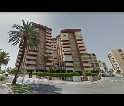 Апартаменты на первой линии пляжа Mareny Blau в Валенсии