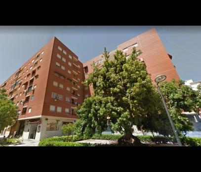 Квартира с лифтом на продажу в спальном районе Валенсии