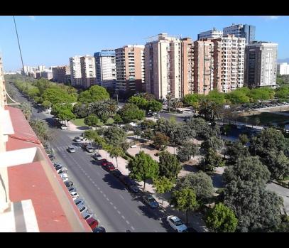 Продажа семейной квартиры в университетской зоне Валенсии