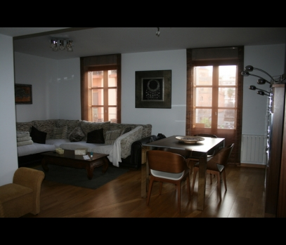 Уникальная квартира с ремонтом в историческом доме в Валенсии