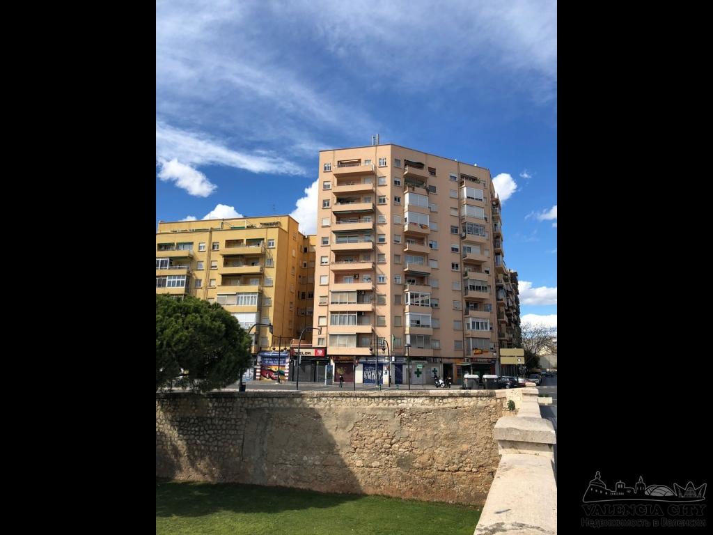 Апартаменты рядом с парком Турия в Валенсии, Испания