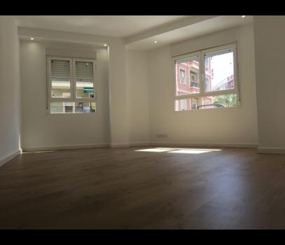 Продажа квартиры после ремонта в районе