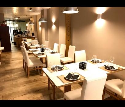 Коммерческое помещение с действующим рестораном в Валенсии