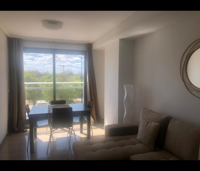 Аренда однокомнатной квартиры в элитном районе Валенсии