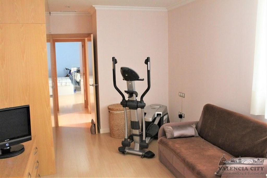 Продажа эксклюзивной квартиры в центре города Валенсия