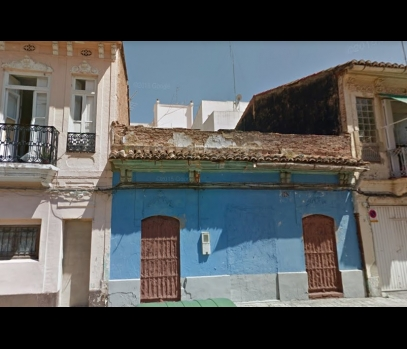 Участок с домом рядом с морем в Валенсии, Испания