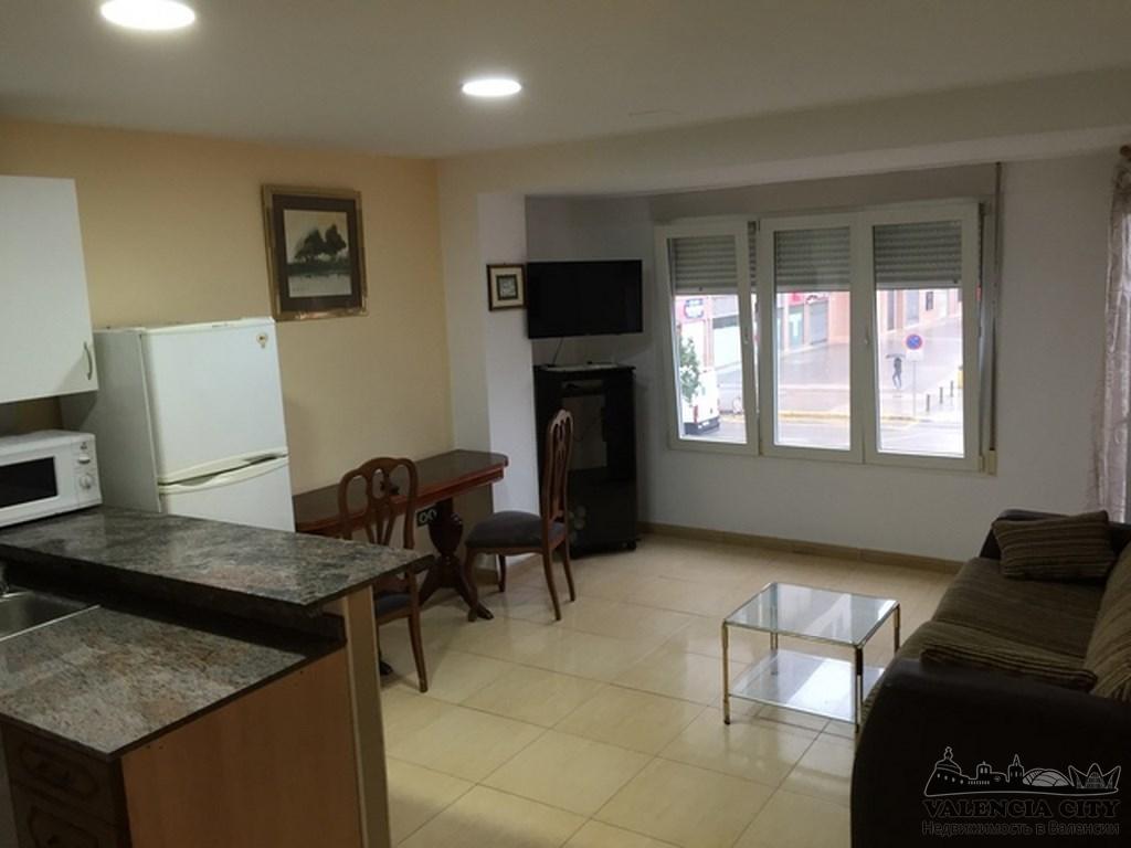 Аренда однокомнатной квартиры с мебелью в Валенсии