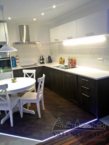 Посуточная аренда квартиры рядом с набережной в Валенсии