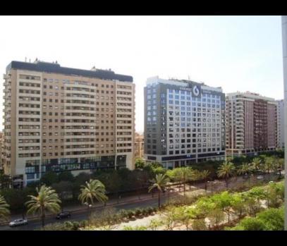Элитная однокомнатная квартира в Валенсии