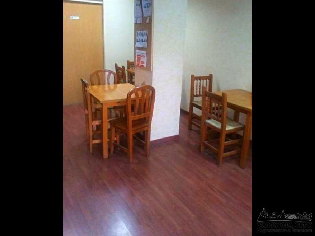 Продаётся помещение с арендатором в городе Валенсия