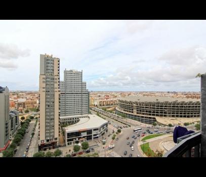 Продается трехкомнатный пентхаус в городе Валенсия, Испания