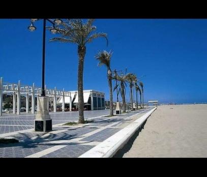 Туристическая аренда квартиры в районе пляжа Мальвароса, Валенсия