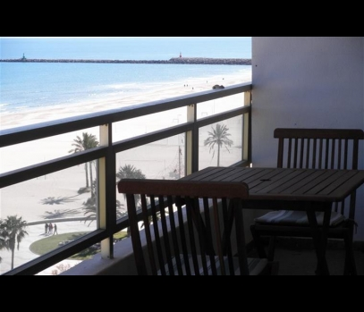 Аренда большой квартиры на море в пригороде Валенсии