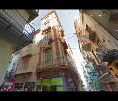 Продажа апартаментов под реабилитацию в центре Валенсии