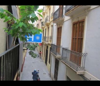 Мини-отель под реконструкцию в центре города Валенсия