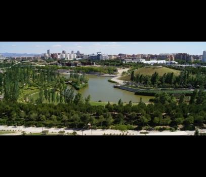 Элитные апартаменты в Валенсии с видом на парк