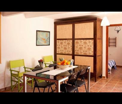Аренда экономных апартаментов-студии в Камполивар рядом с Валенсией