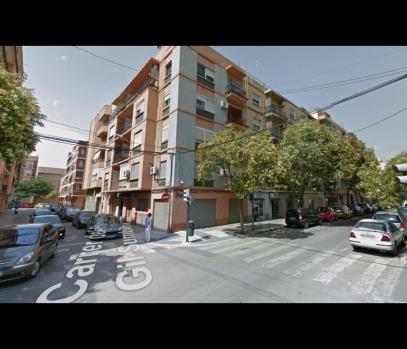 Квартира после ремонта в аренду в Валенсии, Испания