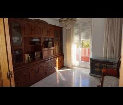 Аренда квартиры с ремонтом рядом с парком Турия в Валенсии