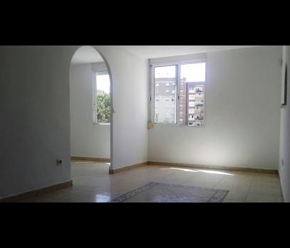 Бюджетная квартира в спальном районе Tres Forques, Валенсия
