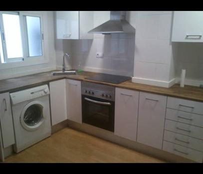 Продажа квартиры с ремонтом в прибрежной зоне Валенсии
