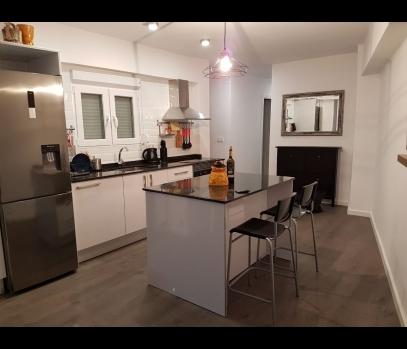 Аренда меблированной квартиры в Валенсии, районе Beniferri