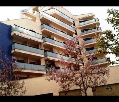 Продаются новые апартаменты в хорошем районе Валенсии