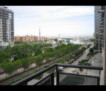 Аренда квартиры с террасой в городе Валенсия, Испания