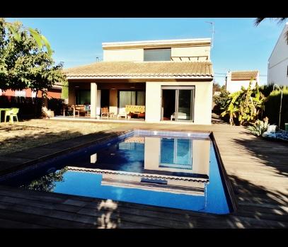 Продажа современного дома в пригороде Валенсии, Испания