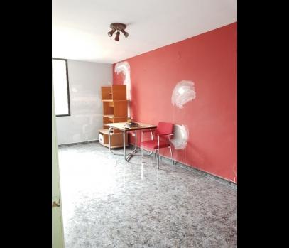 Продажа квартиры с ремонтом по бюджетной цене, Валенсия